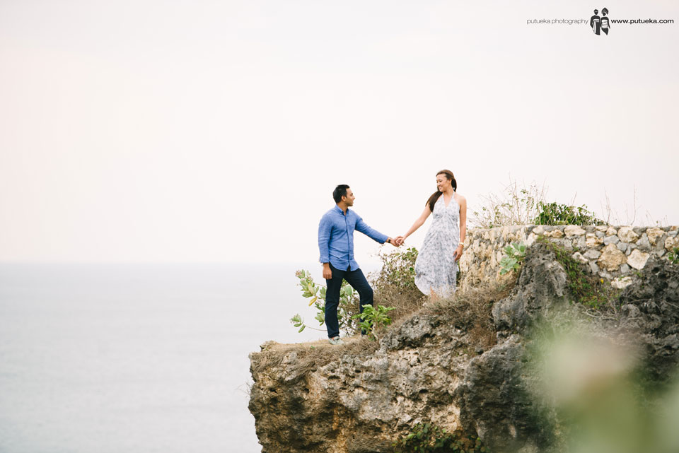 Holding hand with you on Bali pre wedding photography is the best moment i have