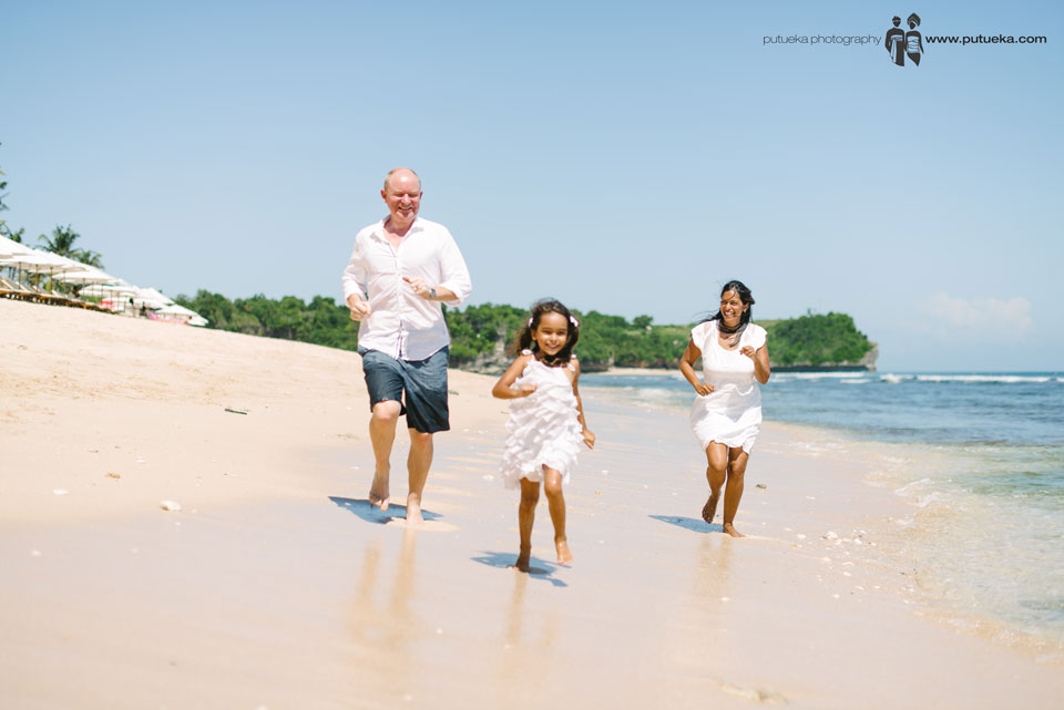 Running together on the beach to makes your family bonds stronger