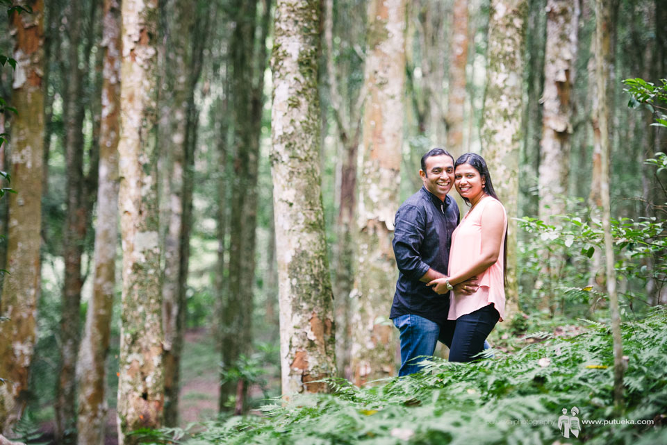 Gorgeous Rahul and Renjini doing honeymoon photography
