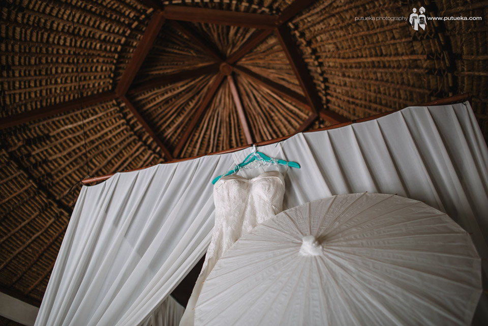 Camille wedding dress with white umbrella