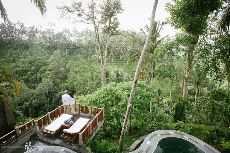 Green lush valley view from our stay at Kamandalu Ubud