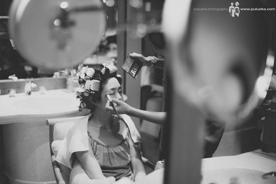 Makeup session always makes the bride happy