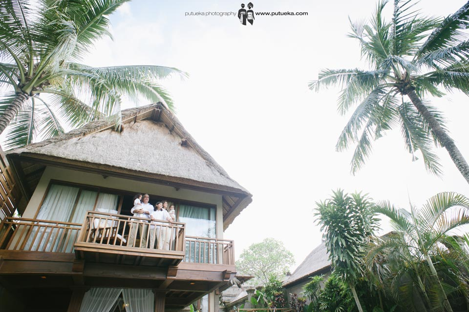 Stand on the balcony to feel the Bali breeze