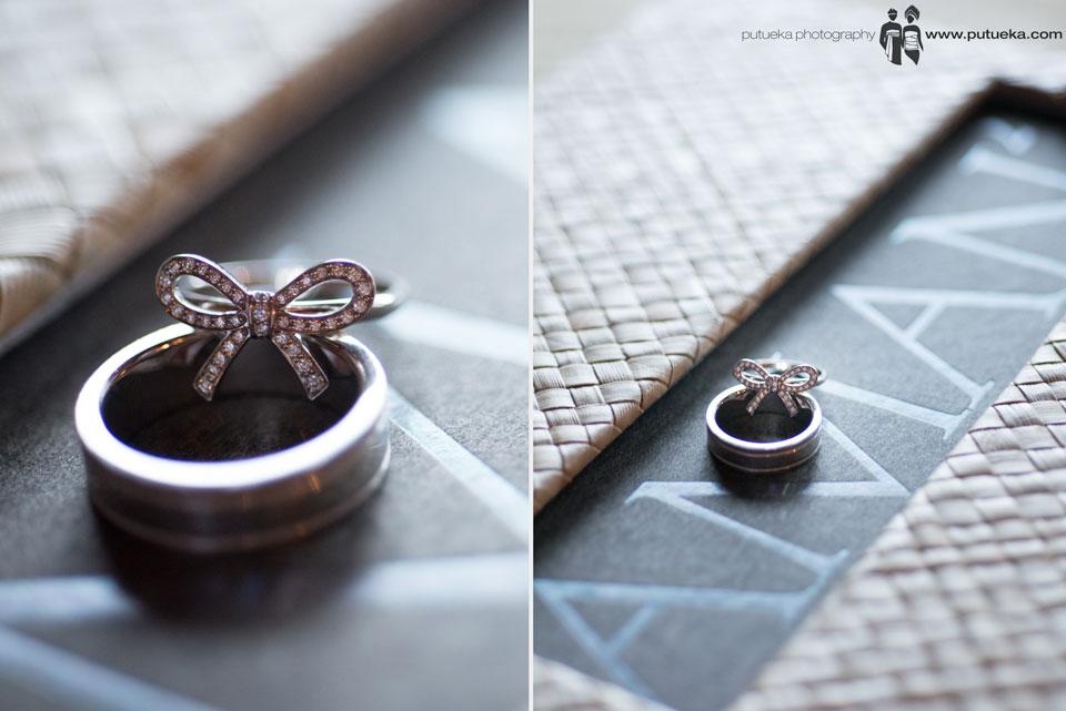 Jessie and Boris wedding ring on Amankila book