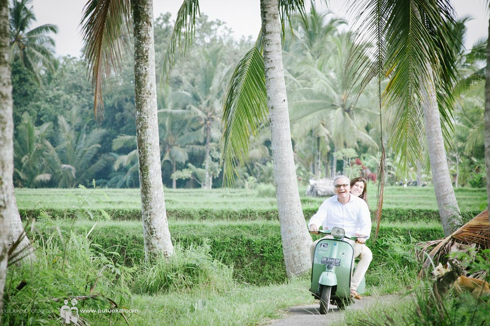 Bali happiness on green two wheels