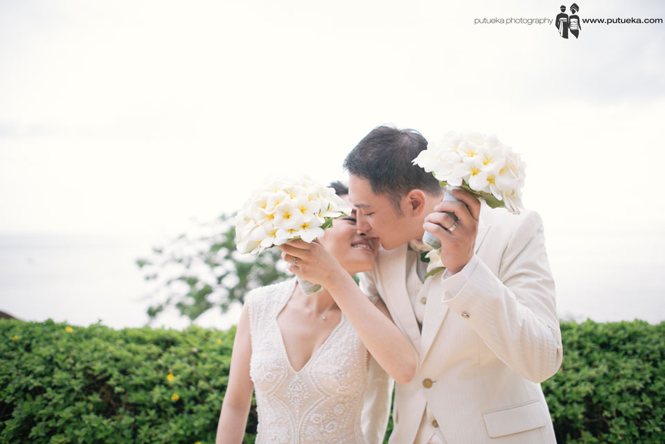 Lovely kisses after their wedding ceremony