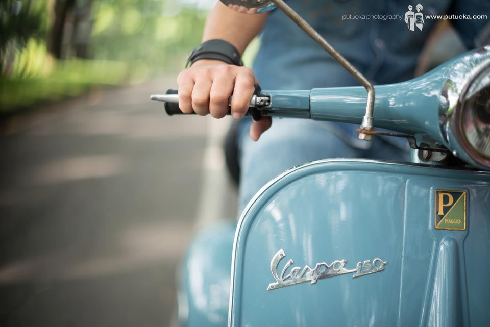 Blue vespa as a memento when we first met