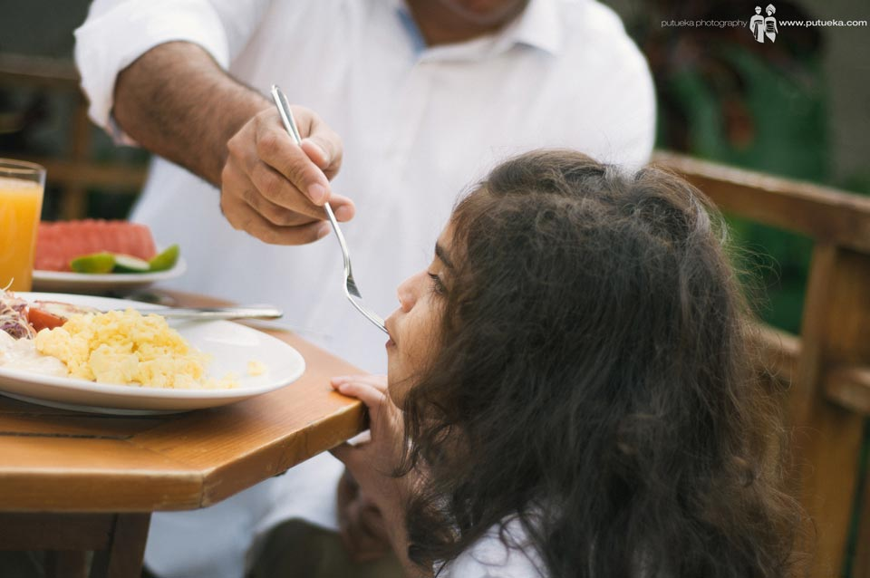 i always love when my father feeding me