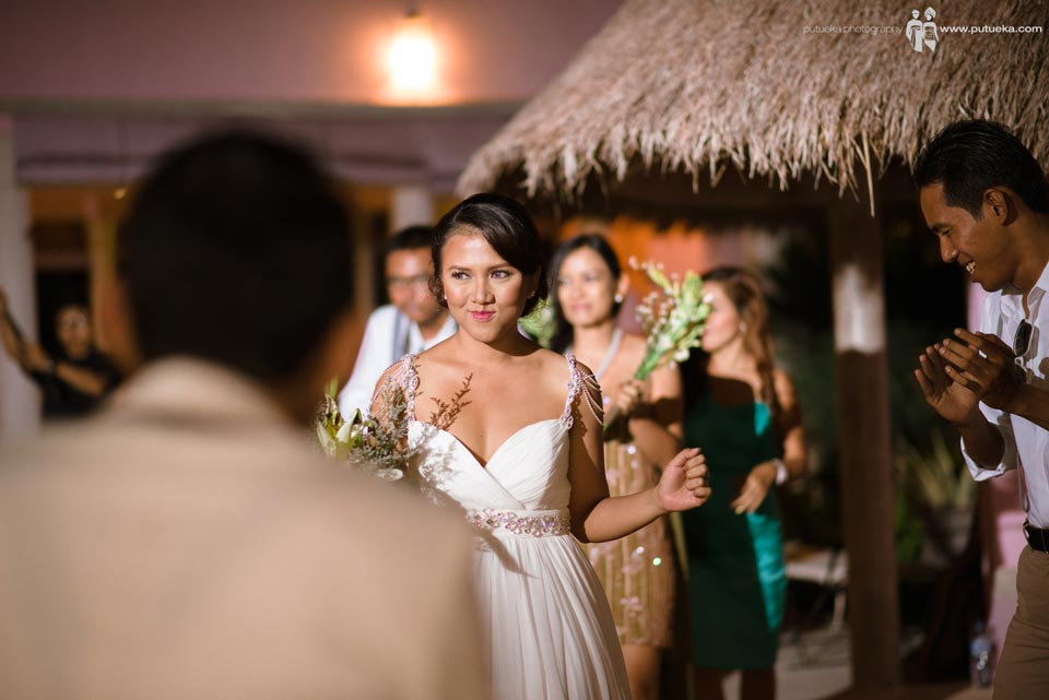 Brides dance with smile of happiness