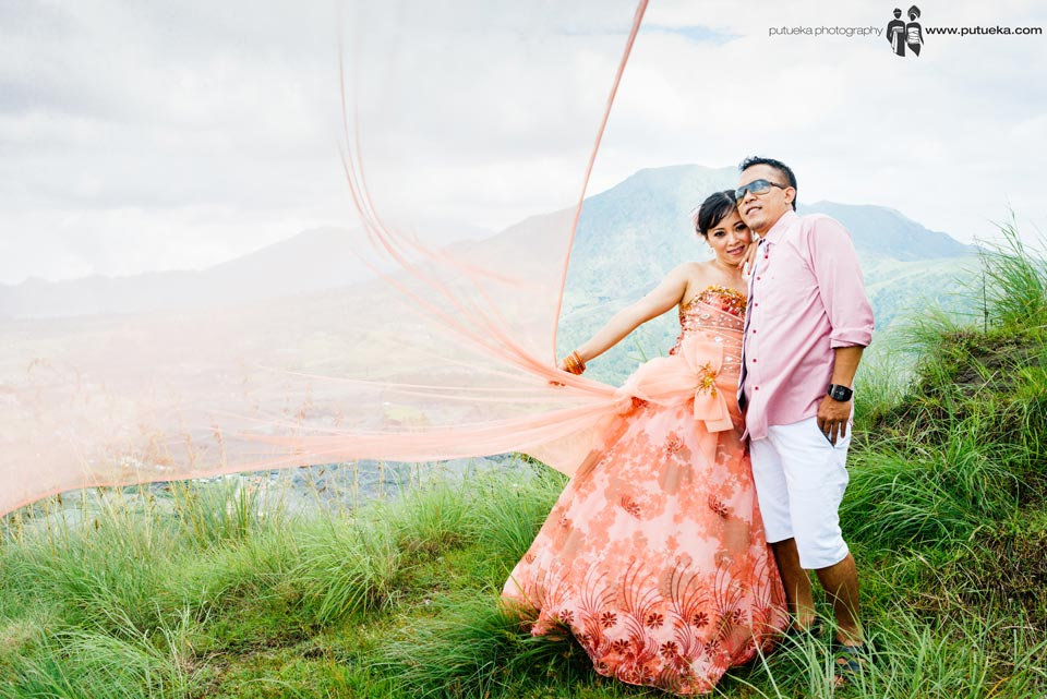 The fabric blow by the breeze of Batur mountain