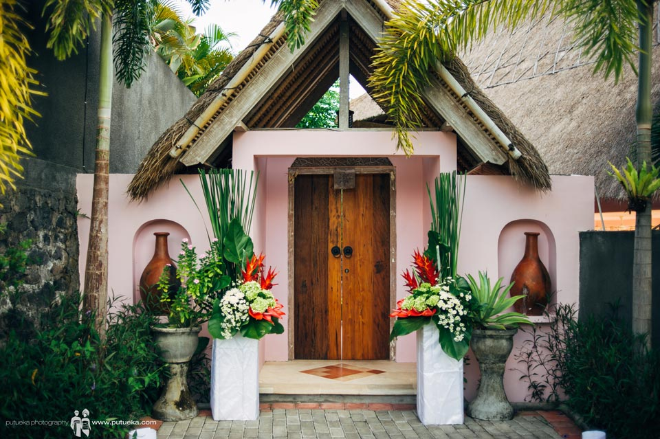 Front door of Hacienda villa no 5, the place of Ayu and Hakim conduct their wedding in bali