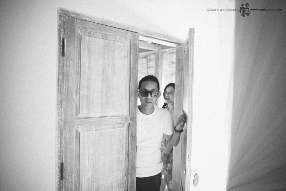Hakim peeking to master bedroom