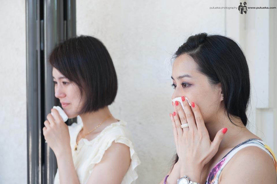 All bridesmaid have a happy tears