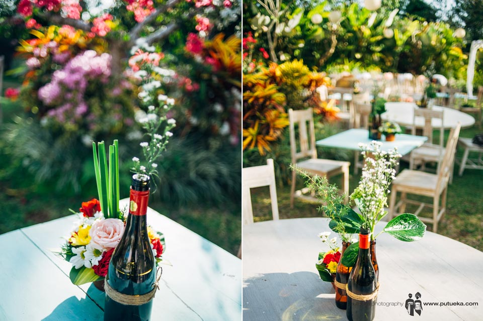 Flower vase and table arrangement of Ayu and Hakim wedding
