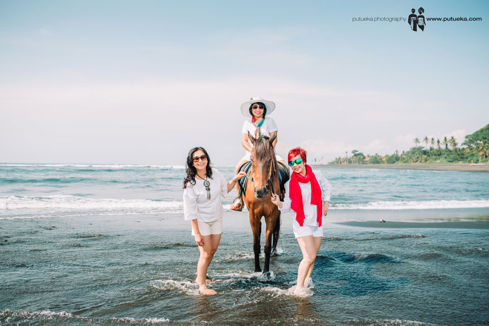 Three goddess on the gorgegous Bali beach